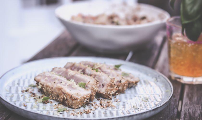 tuna in coconut crust